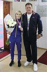 Серебряный призер чемпионата Европы по каратэ Анита Серегина. Ее тоже опекает Юрий Бузько.
